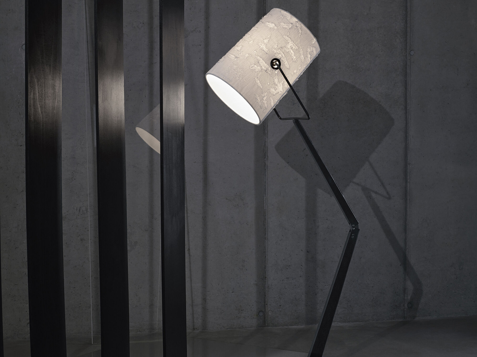 LIGHTING COLLECTION Foscarini for Diesel: FORK FLOOR
