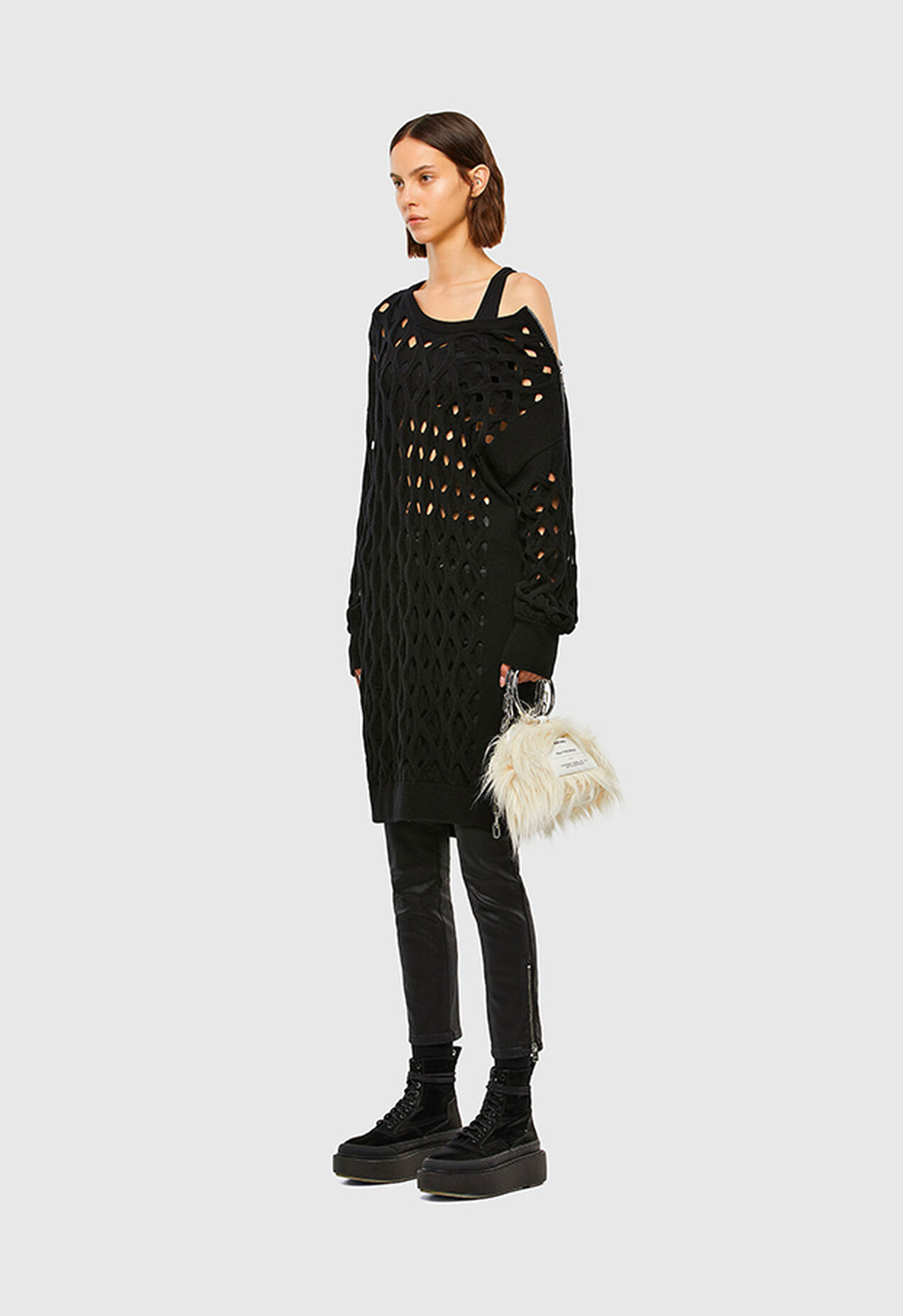 M-RADHA, Black - Knitwear