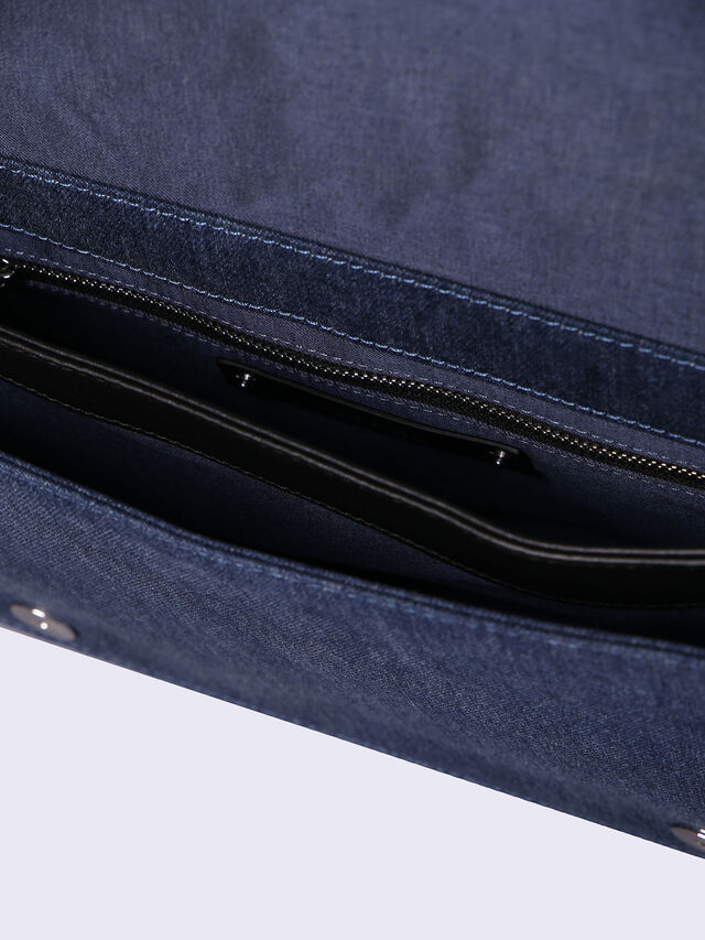 LE-MISHA, Blue jeans
