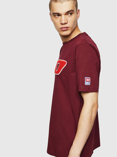 Diesel - T-JUST-DIVISION-D, Bordeaux - T-Shirts - Image 4