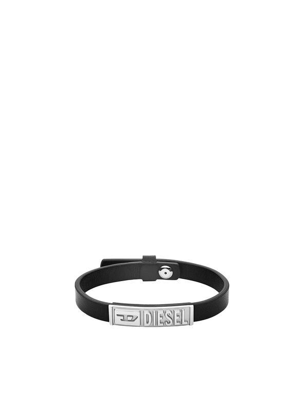 https://gr.diesel.com/dw/image/v2/BBLG_PRD/on/demandware.static/-/Sites-diesel-master-catalog/default/dw895c5118/images/large/DX1226_00DJW_01_O.jpg?sw=594&sh=792