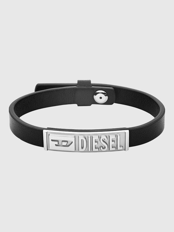 https://gr.diesel.com/dw/image/v2/BBLG_PRD/on/demandware.static/-/Sites-diesel-master-catalog/default/dw8c680519/images/large/DX1226_00DJW_01_O.jpg?sw=594&sh=792
