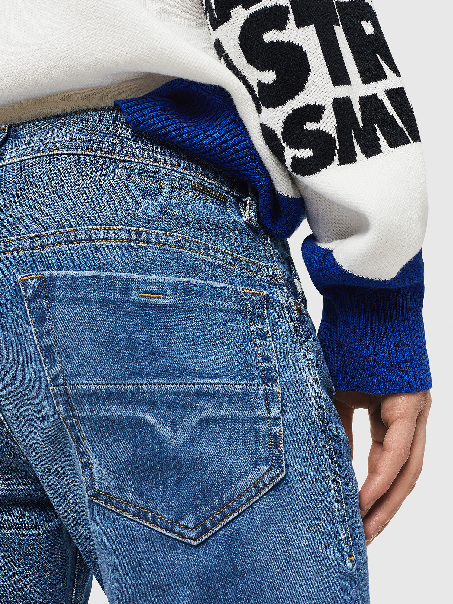 Diesel - Thommer 083AX,  - Jeans - Image 4